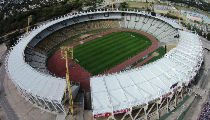Se venden las entradas para en partido entre instituto y for Puerta 20 estadio racing